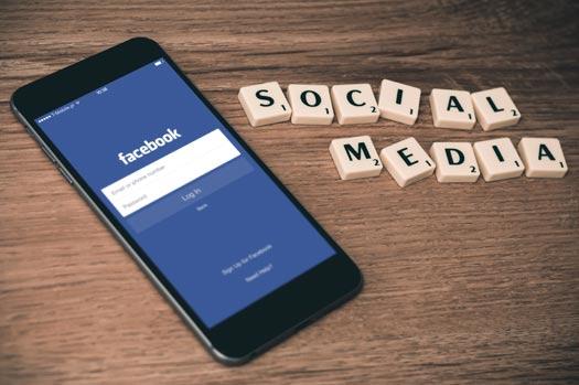 Social Media und Online Marketing sind auch für kleine und mittlere Unternehmen wichtig in unserer multimedialen Welt.